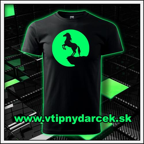 Fosforové svietiace tričká Kôň svietia v tme ako narodeninové tričká